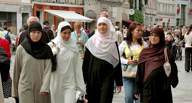 Why Muslim Population Is Increasing in US: Here's the Reason