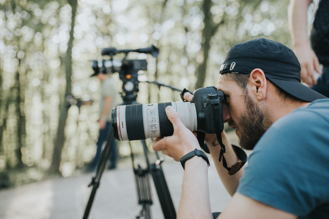 How good you know a professional freelance photographer?