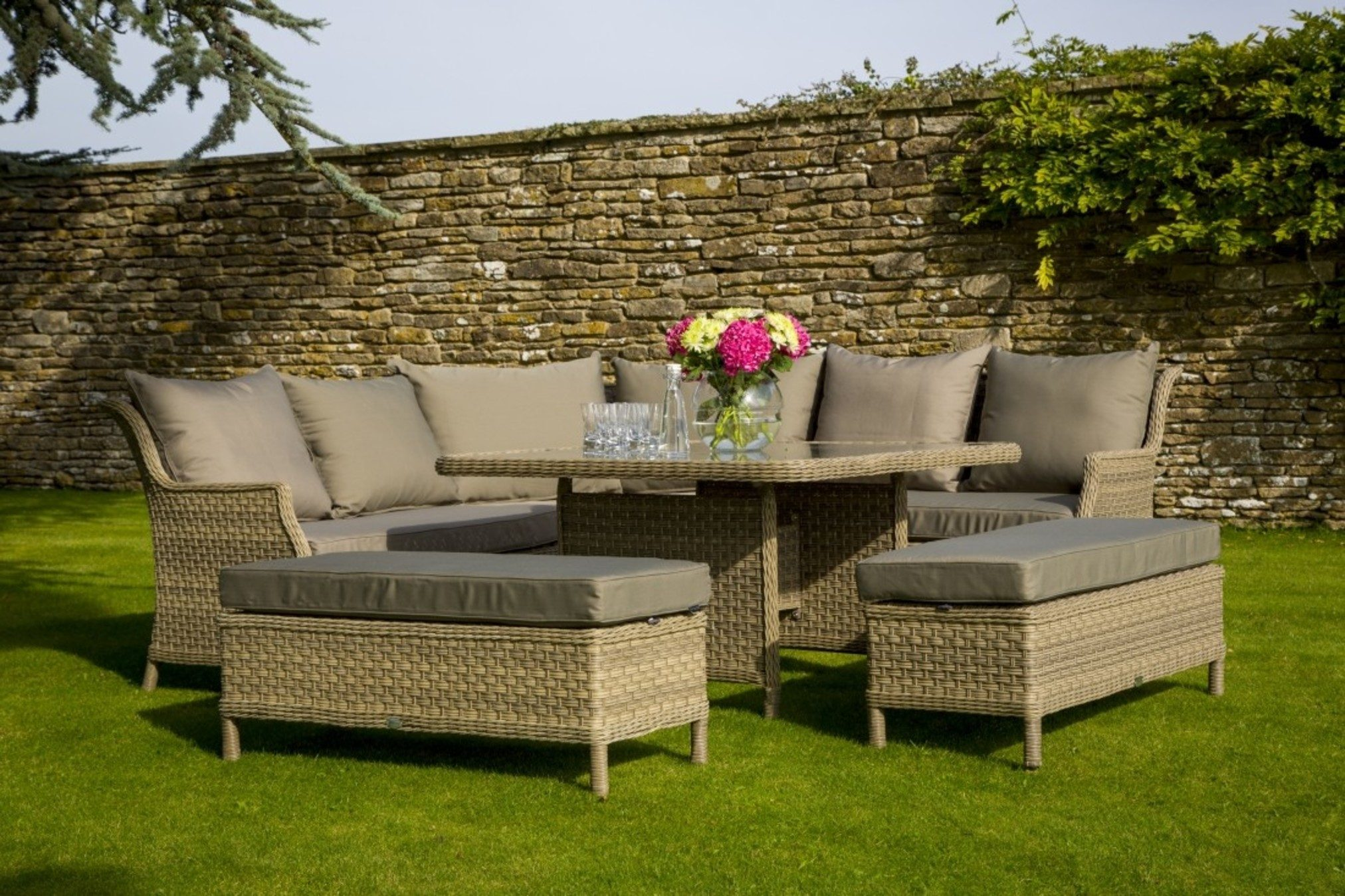 Other important factors to consider outdoor garden furniture