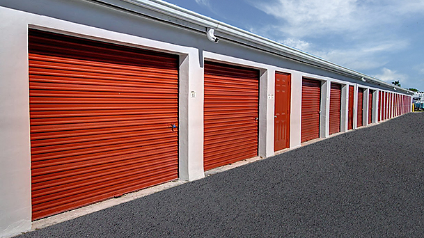How to get the best self storage near me? - USA Media House