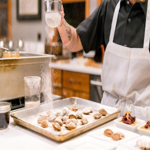 Work as Chefs in Sydney and Melbourne: 4 Reasons to Find a Side-Hustle