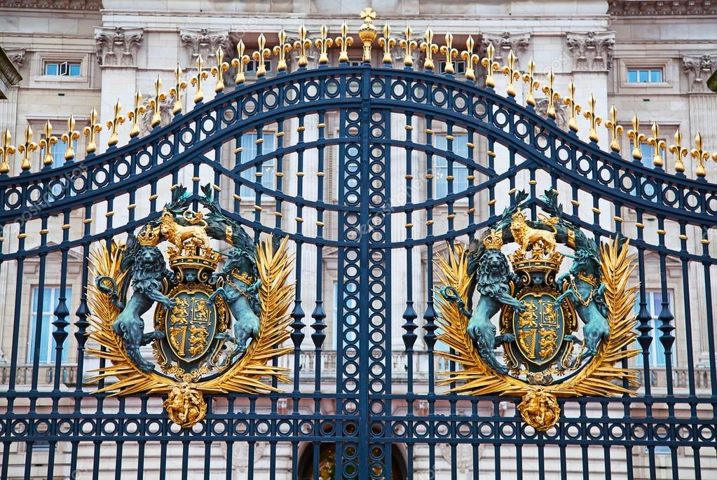 Why Wrought Iron Gates are Essential for Business Premises in Kew