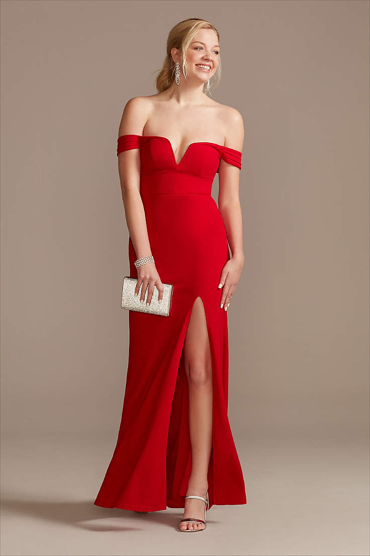 Become a Prom Queen in That Red Prom Dress