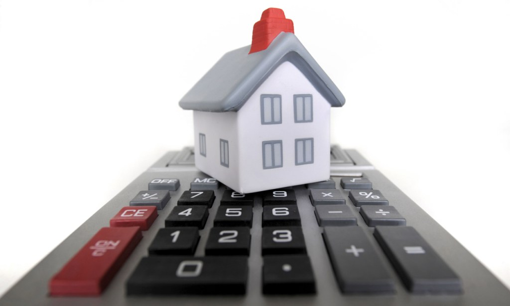5 Advantages of Using a Mortgage Calculator Houston Before Taking a Home Loan in 2021