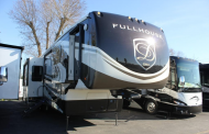 Get a Pre-owned JX450 Toy Hauler Today
